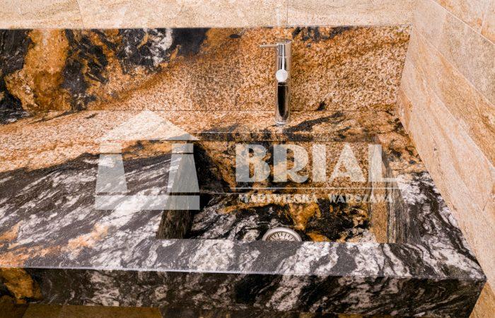 Zlewozmywak i blat z granitu Magma , umywalka z kamienia naturalnego, granit Brazylia, kamieniarz Warszawa, okładziny ścian i podłoga z granitu Imperial Gold, realizacja z granitu, granitowa umywalka, luksusowy granit, pomieszczenie robocze w granicie