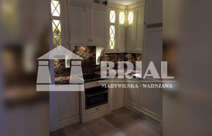 Marmur w kuchni, Blat kuchenny marmurowy, granit hiszpański, styl angielski, kuchnia w stylu klasycznym, styl retro